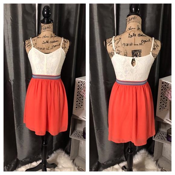 Dresses & Skirts - Lace and Chiffon Spaghetti Strap Dress